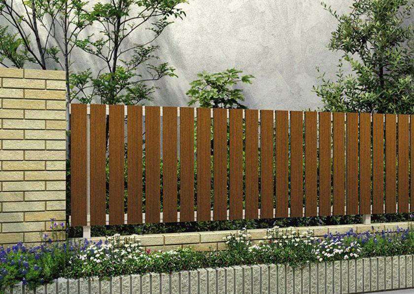 キャラメルチーク 木調H01型 たて板格子 ルシアスフェンスYKKAP