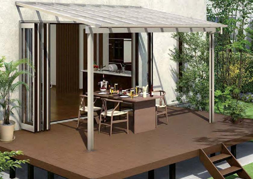 憩いの空間としても利用可能なテラス屋根